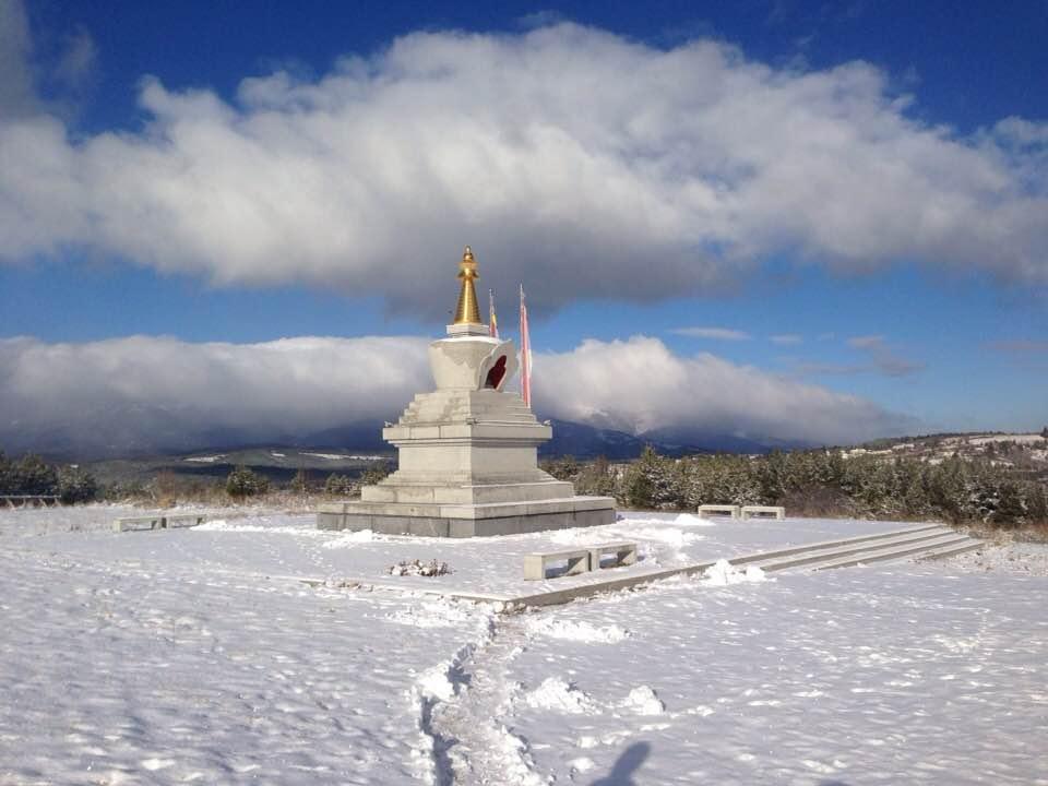 Stupa Plana